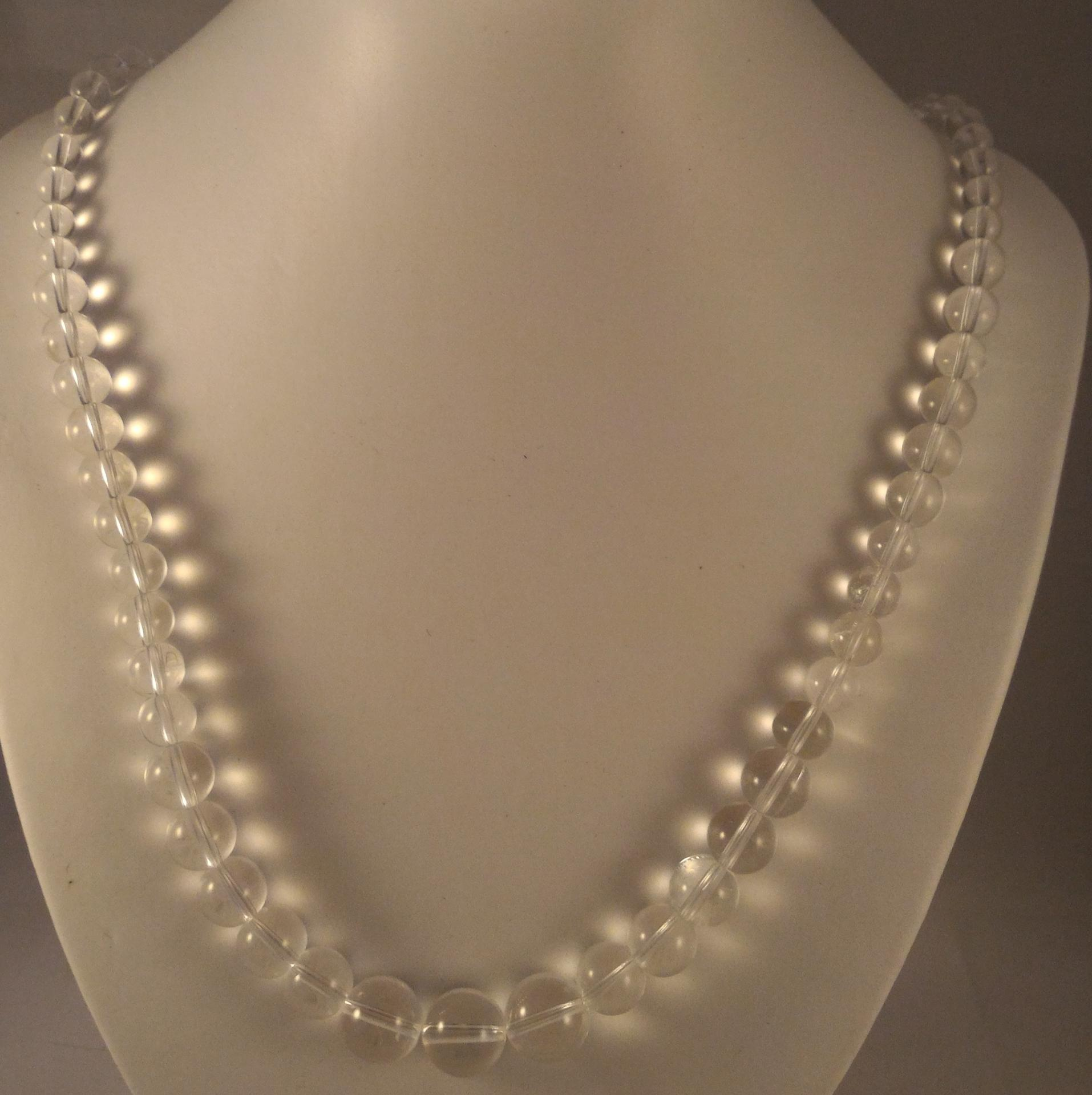0201 collier cristal de roche 1