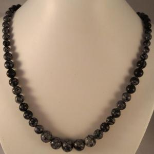 0201 collier obsidienne neige