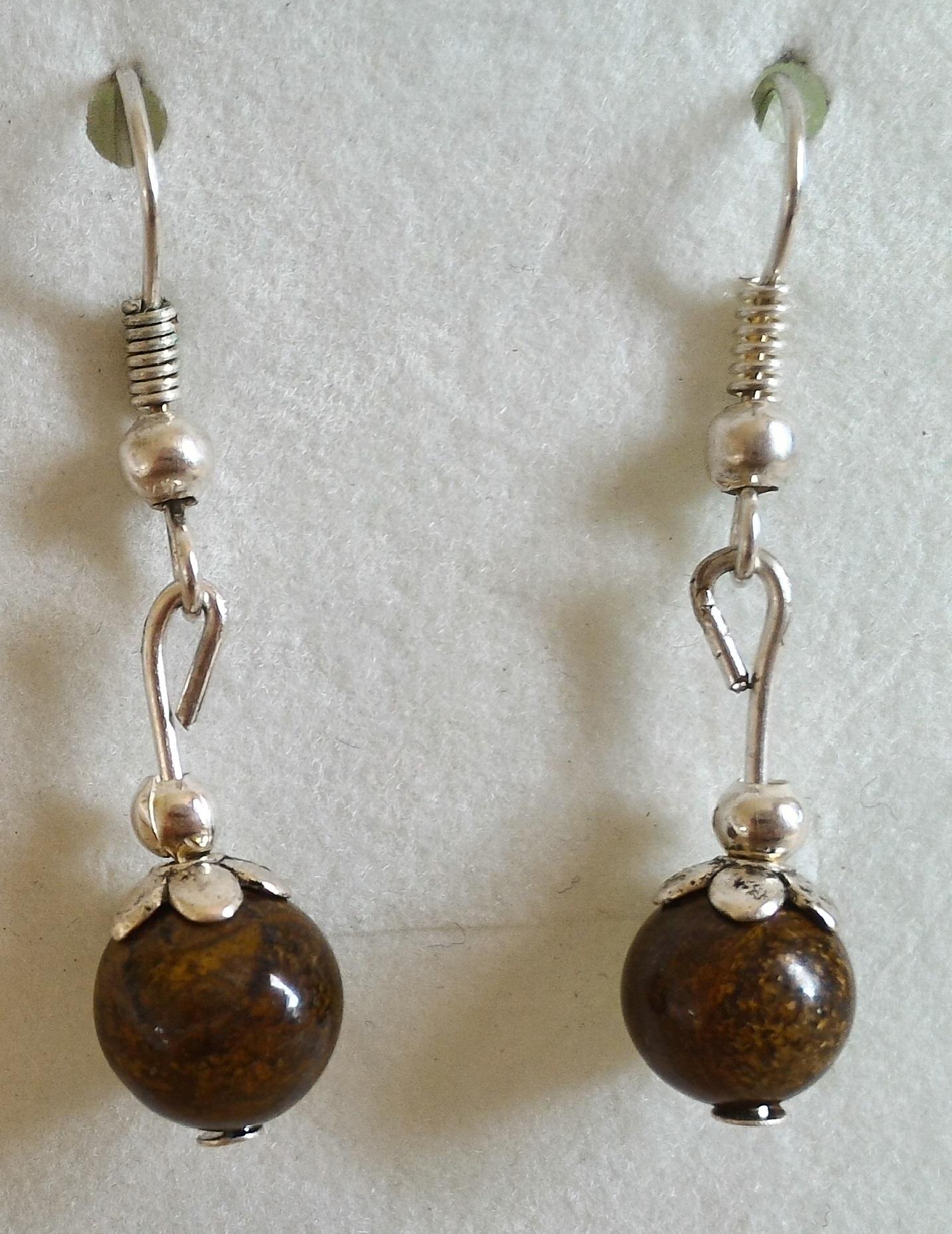 Boucles d oreilles en bronzite 1
