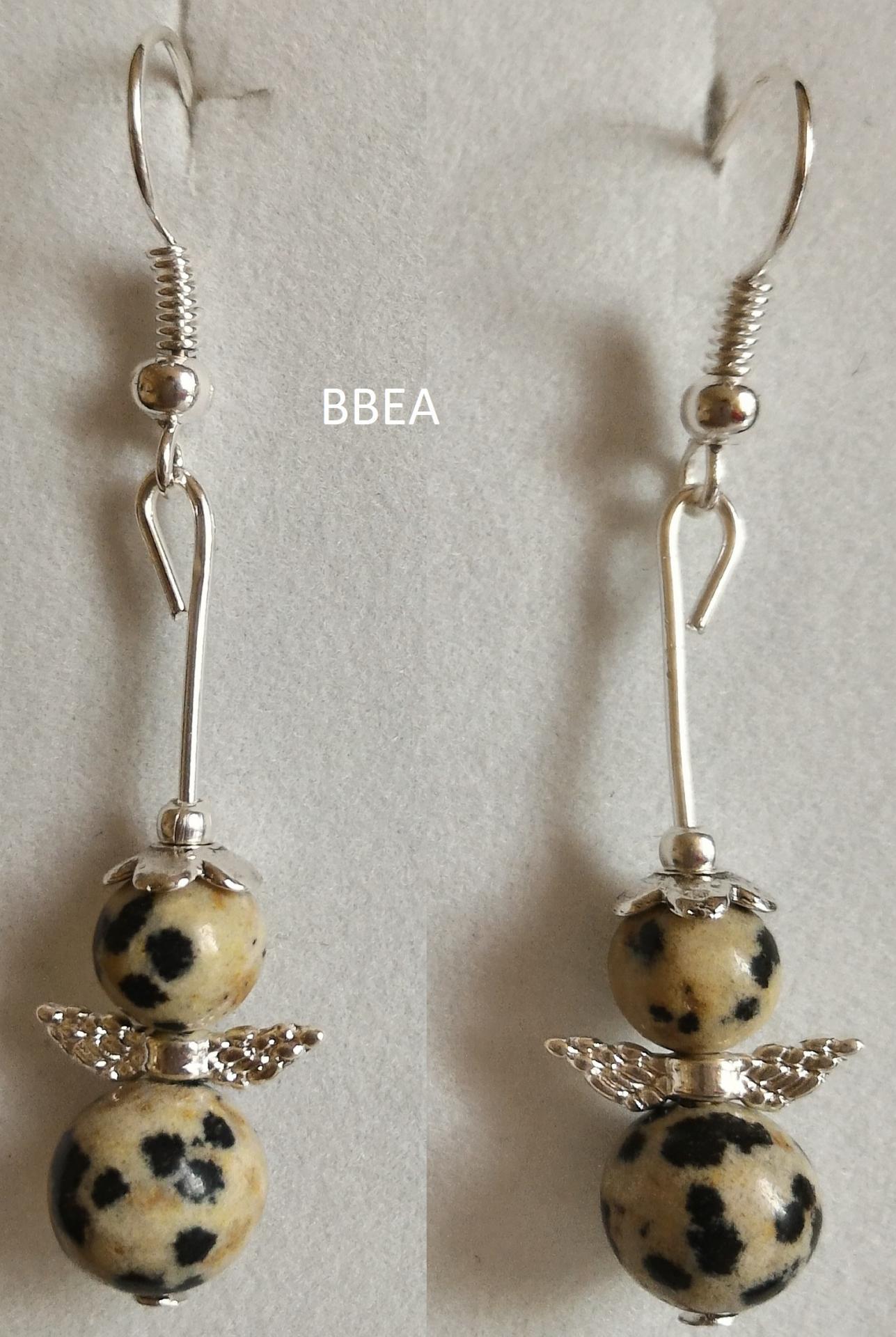 Boucles d oreilles jaspe dalmatien ange