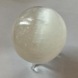Boule selenite 6 5 cm 4