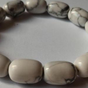 Bracelet howlite 11