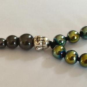 Bracelet tibetain hematite teintee verte