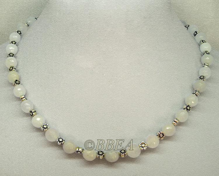 Collier agate blanche facette 3383
