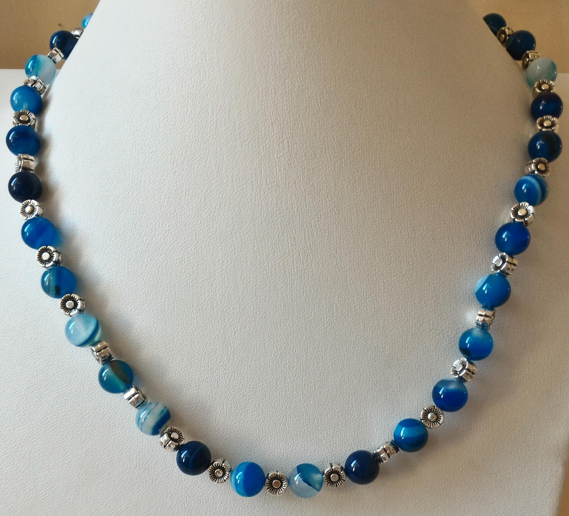 Collier agate bleue 1