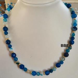 Collier agate teintee bleue 1