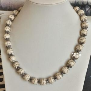 Collier magnesite 10 mm 2