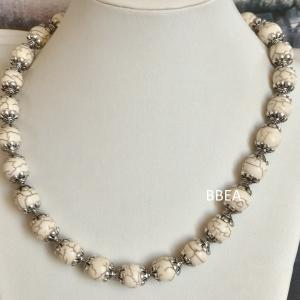 Collier magnesite 10 mm 6