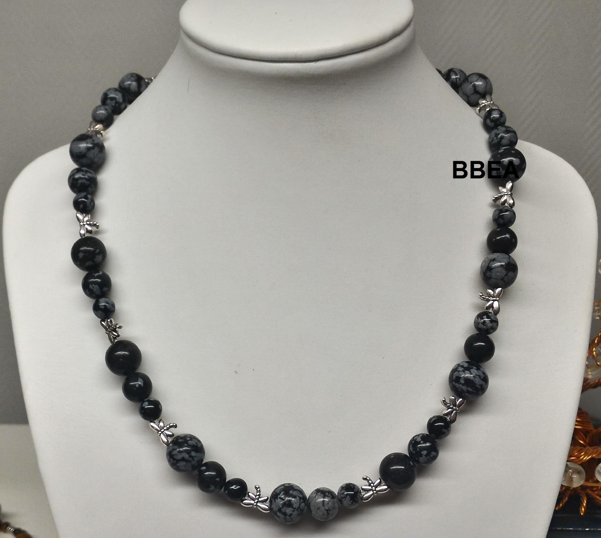 Collier obsidienne neige 1