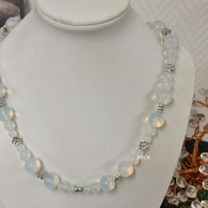 Collier opalite 3