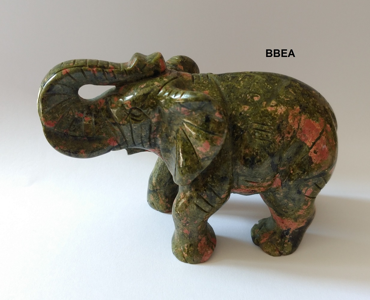 Elephant en unakite 2