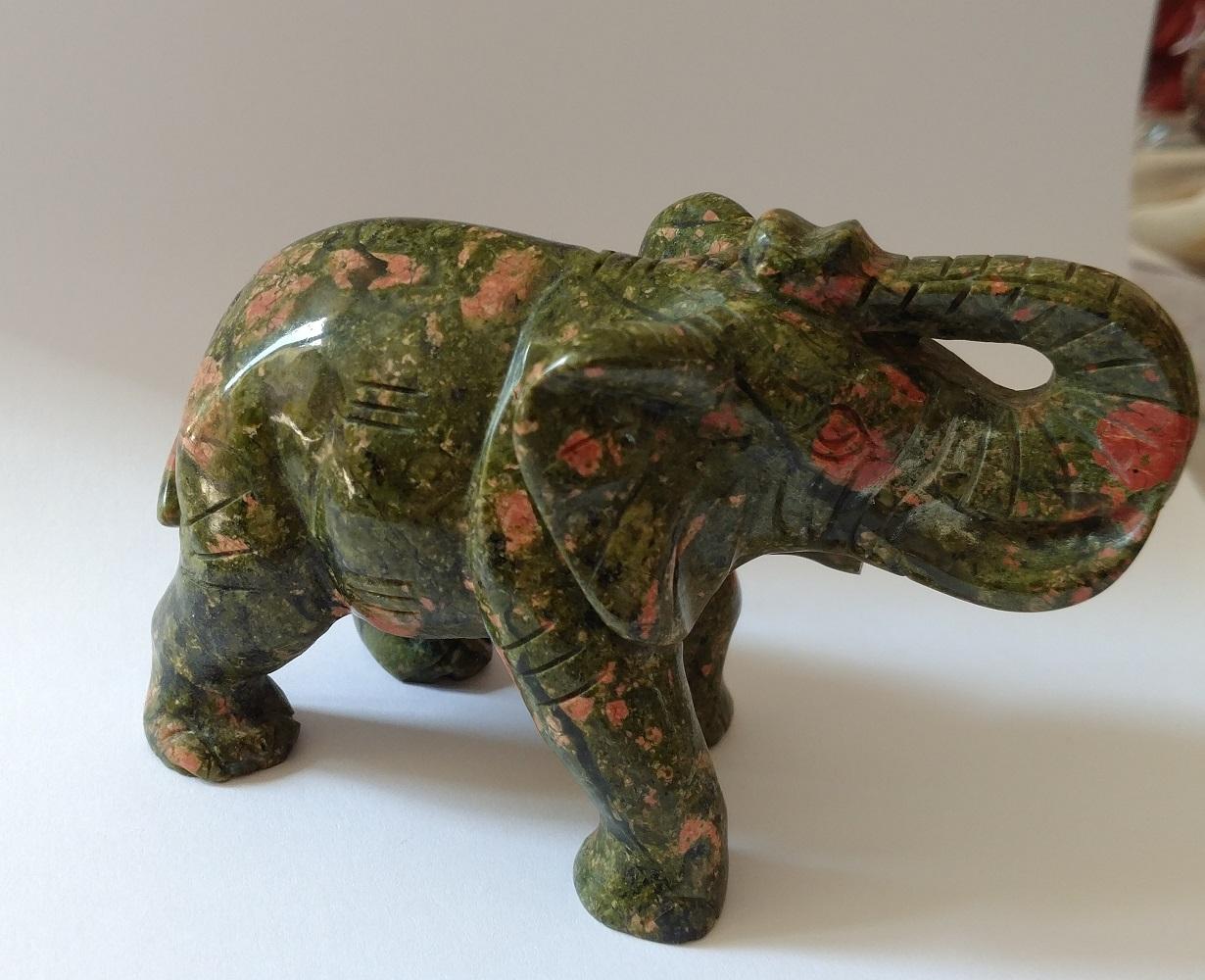 Elephant en unakite 3