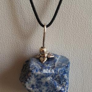 Pendentif lapis lazuli brute